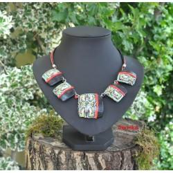 Collier aztèque noir et vert